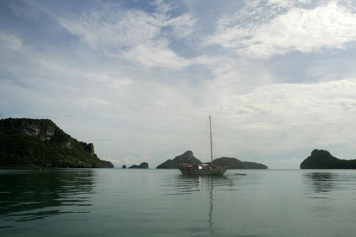 Phangan Bookings Sailing Boat